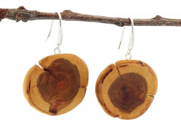 Holzohrringe rund kräftige Maserung Braunkern